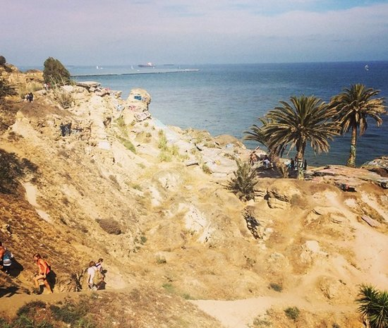 Climbing Down to the Sunken City