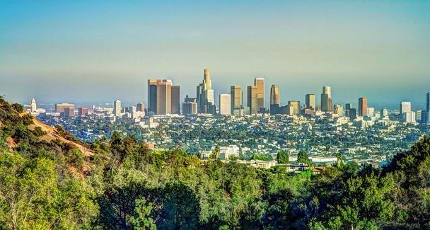 Los Angeles Crowded