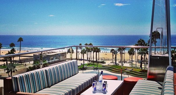 The 10 Best Rooftop Bars In Los Angeles To Enjoy An