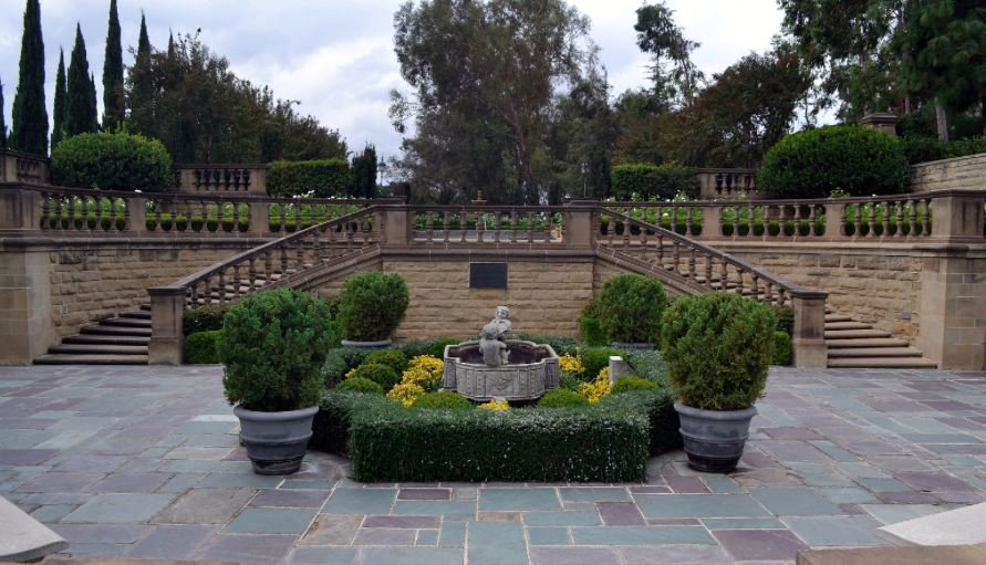 Greystone Mansion in Los Angeles