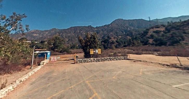 Eaton Canyon Trailhead
