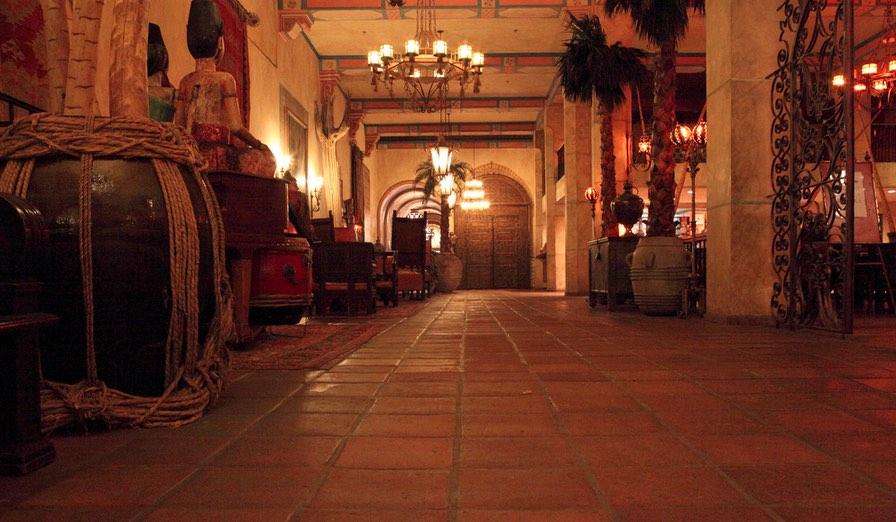 Hotel FIgueroa Interior