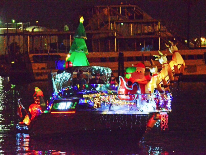 Los Angeles Harbor Holiday Afloat Parade