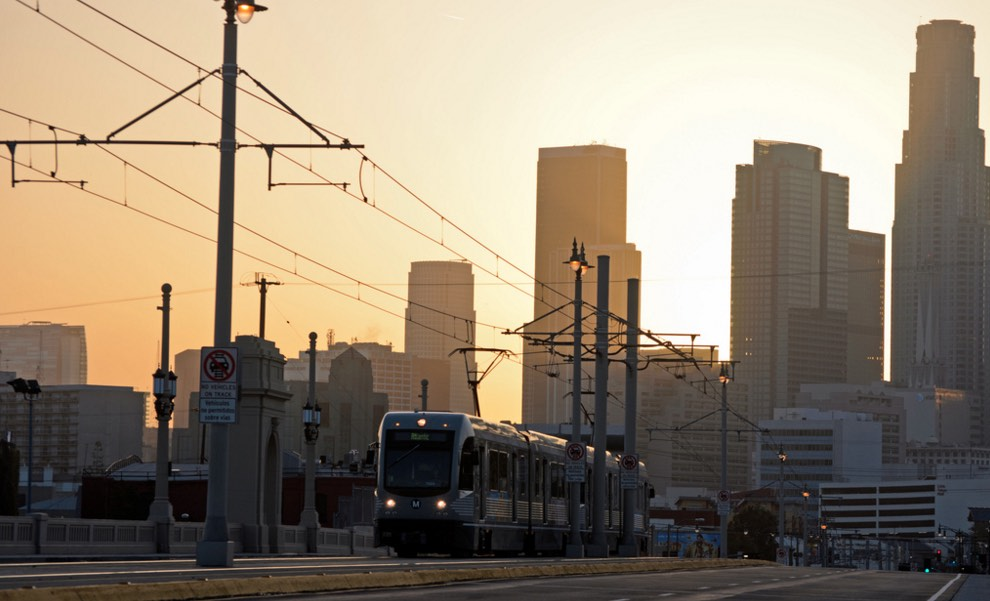 METRO running through DTLA