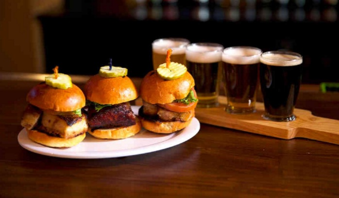There S A Burgers Amp Brew Fest Coming To Santa Anita Park