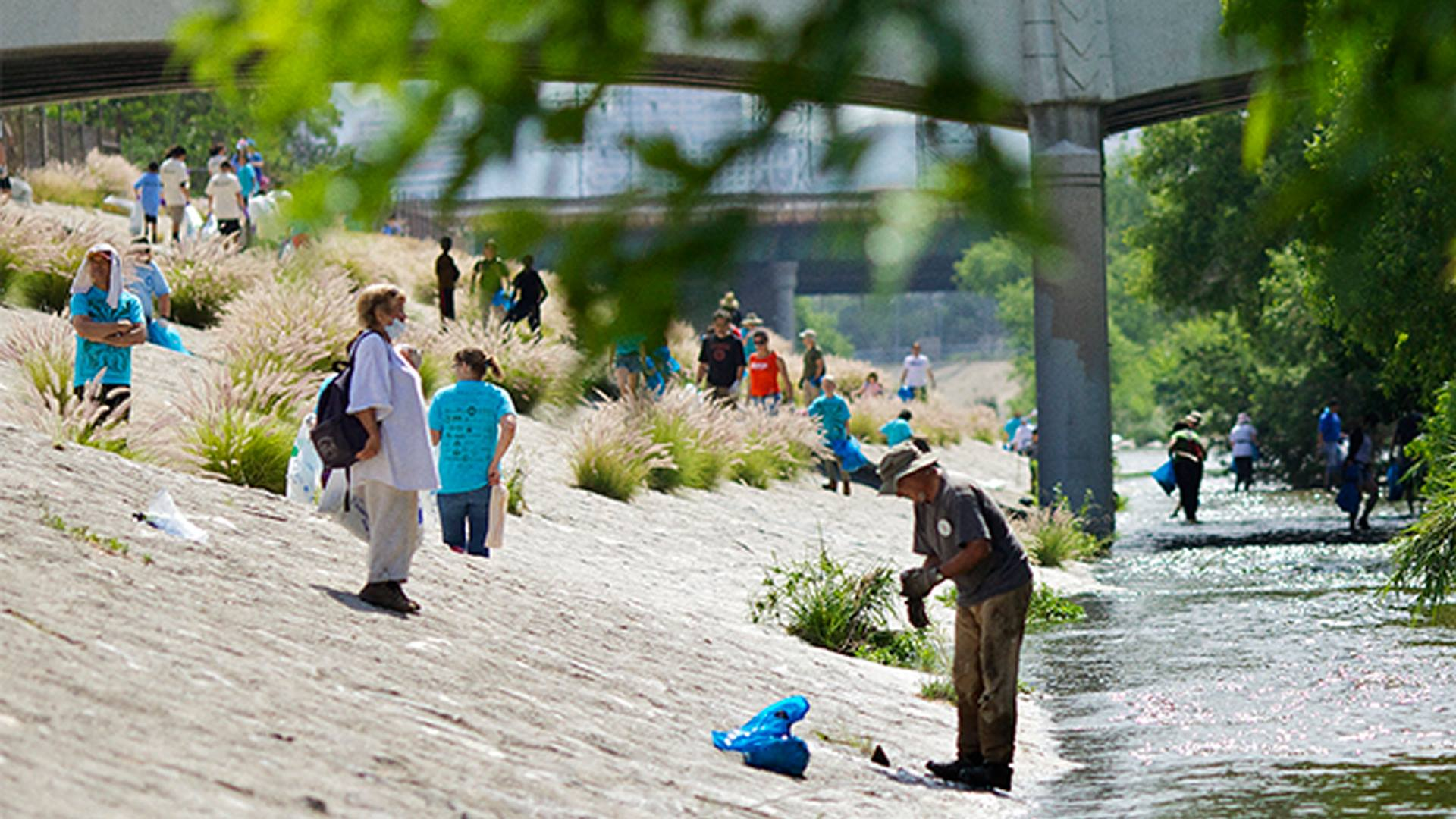 FOLAR Great LA River Cleanup