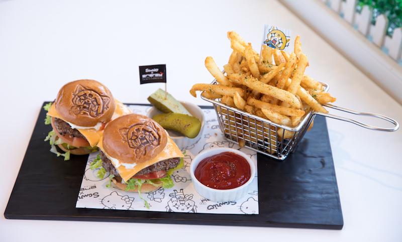 aggretsuko-mini-rage-burger-sanrio-energy-bistro-karaoke