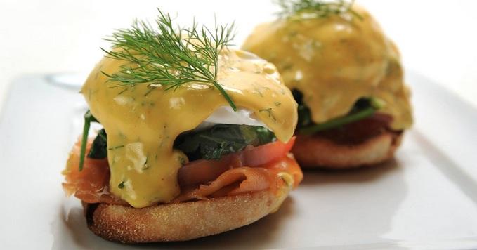 Blu Jam Cafe Eggs Benedict