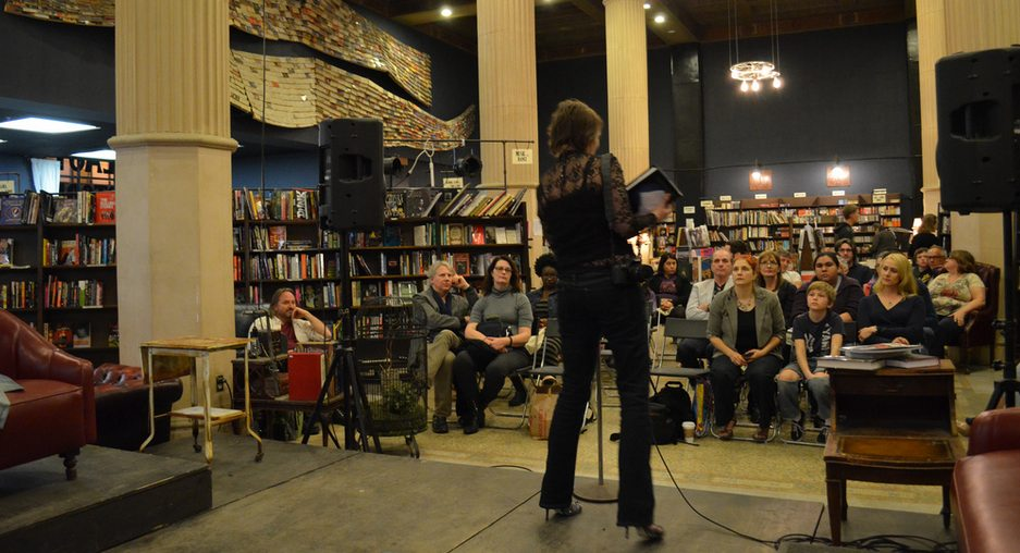 Last Bookstore Performance