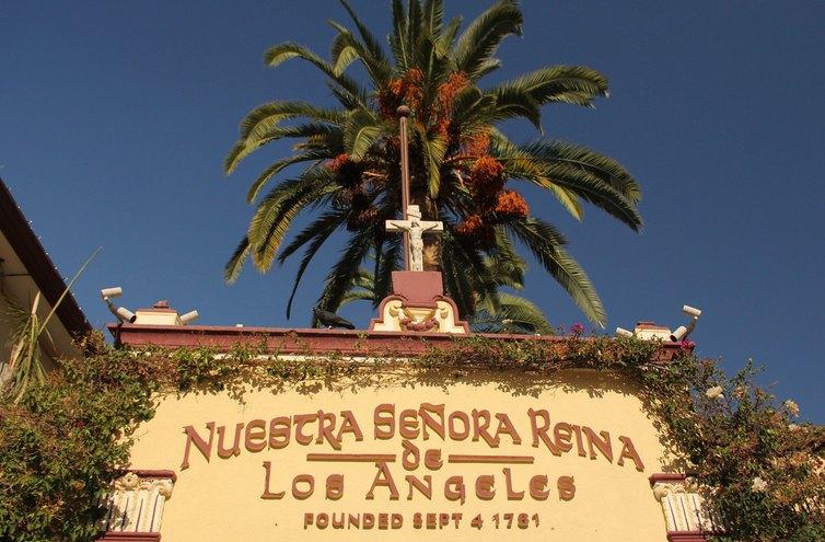Nuestra Senora Reina Monument Los Angeles
