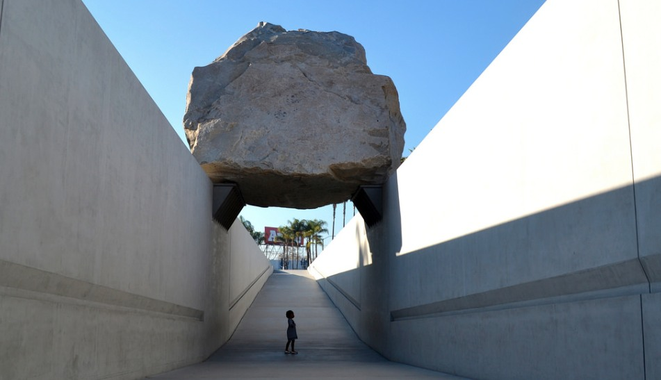 15 Funky Public Art Works In Los Angeles Everyone Should
