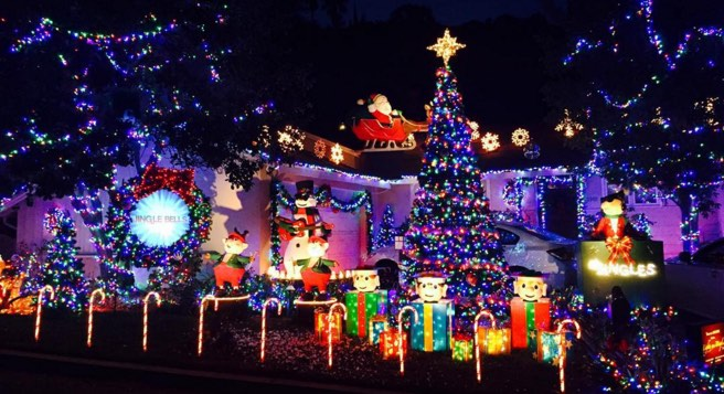 Christmas In The Oaks 2019.Lights On Display