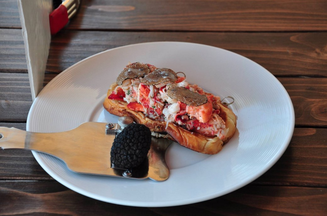 The Anchor Lobster Roll