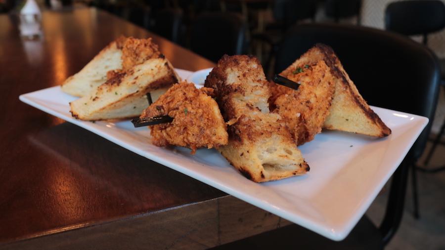 baldoria fried chicken dine la
