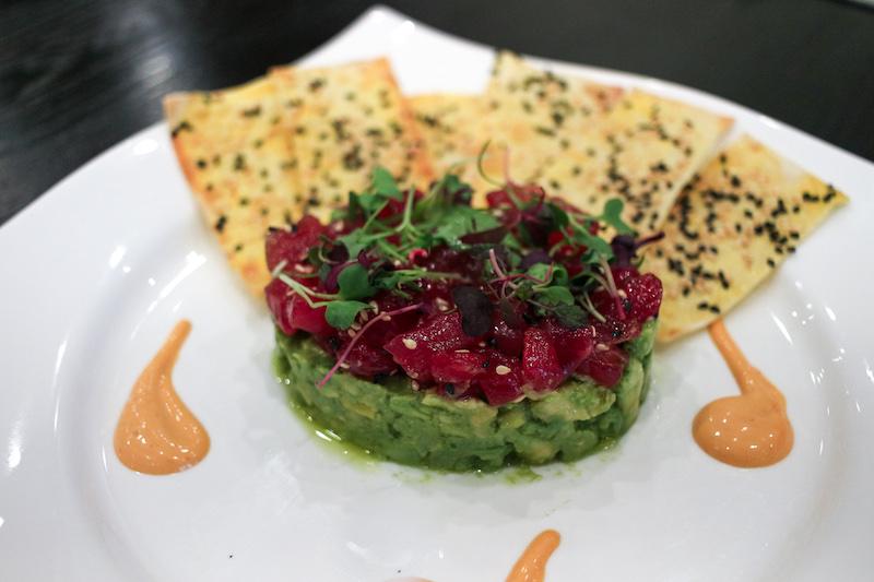 tuna-tartar-plate-and-petal