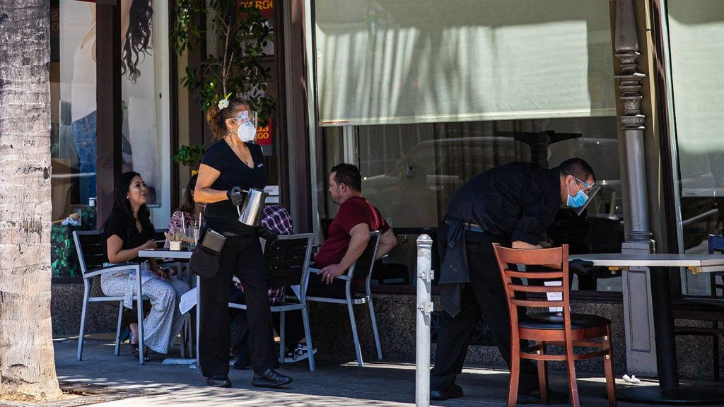 Mask wearing restaurant workers in Pasadena