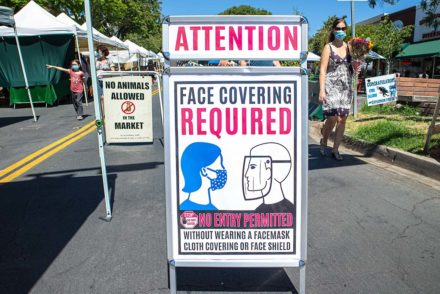 facial covering sign at Montrose farmers market